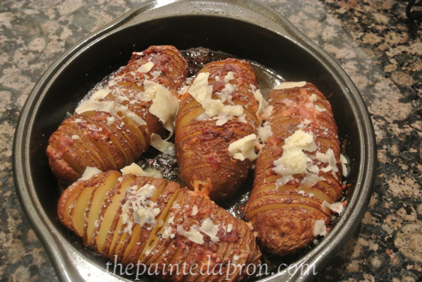 hassleback potatoes thepaintedapron.com