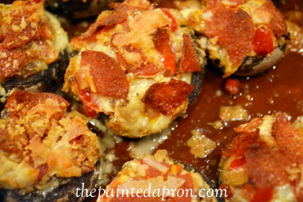 pepperoni topped mushrooms 2 thepaintedapron.com