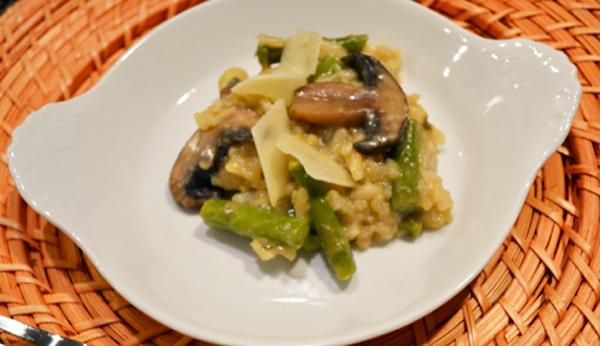 asparagus mushroom risotto thepaintedapron.com