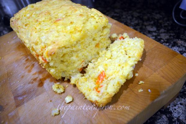 cheesy cornbread thepaintedapron,com