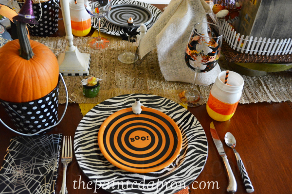 Halloween place setting 2 thepaintedapron.com