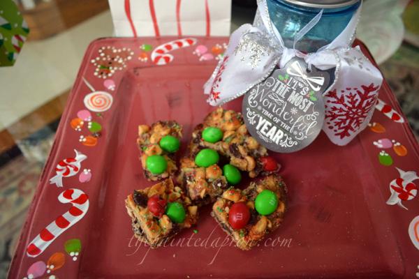 Christmas Candy Squares 2 thepaintedapron.com