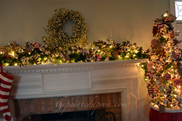 cotton Christmas mantel thepaintedapron.com