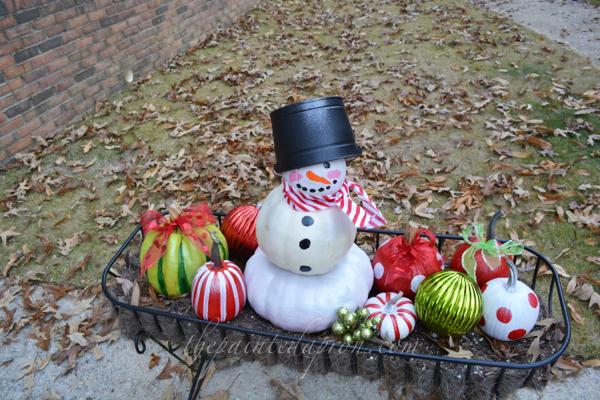 pumpkin snowman 1 thepaintedapron.com
