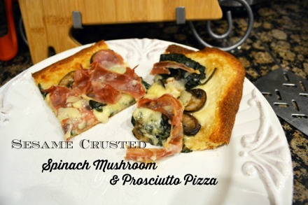 pizza with spinach, mushrooms and prosciutto thepaintedapron.com