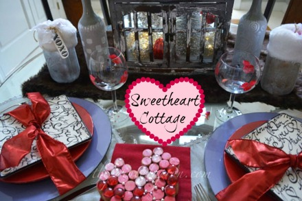 sweetheart cottage Valentine table for 2 thepaintedapron.com