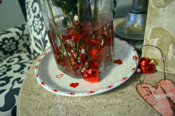 garland in vase thepaintedapron.com