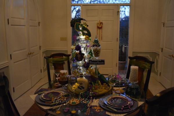 mardi gras tree thepaintedapron.com