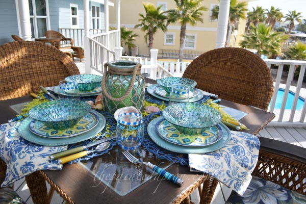 winter blues 4 thepaintedapron.com. Cabo melamine plates ... & Tablescapes Chasing Winter Blues | The Painted Apron