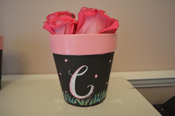 chalkboard flower pot thepaintedapron.com