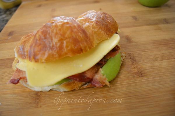 croissant sandwich thepaintedapron.com