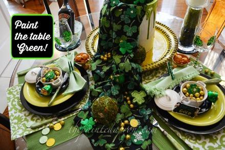 shamrocks and gold table thepaintedapron.com