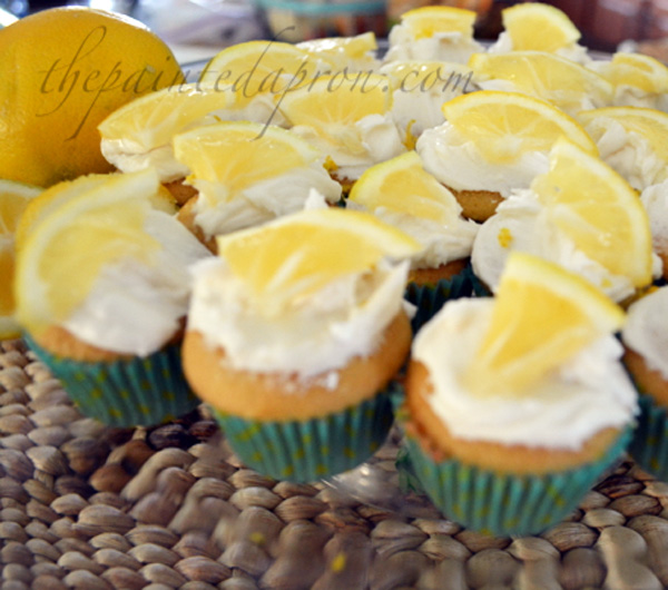 sweet tea cupcakes thepaintedapron.com