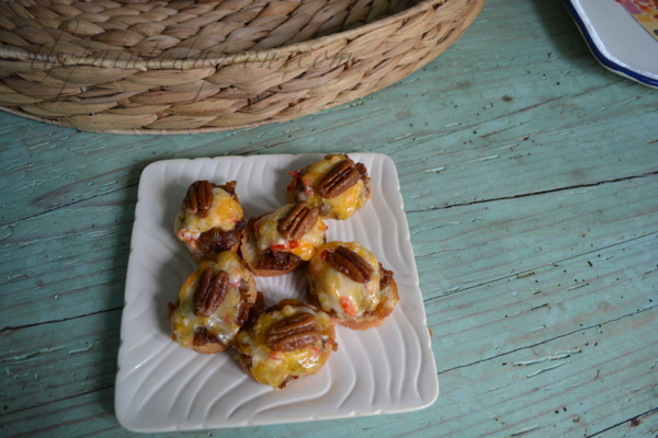maple bourbon bacon jam toasts 1 thepaintedapron.com
