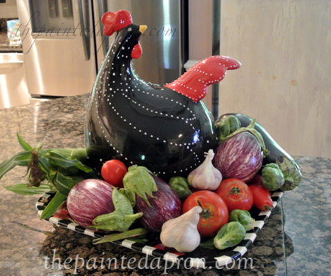 chicken centerpiece thepaintedapron.com