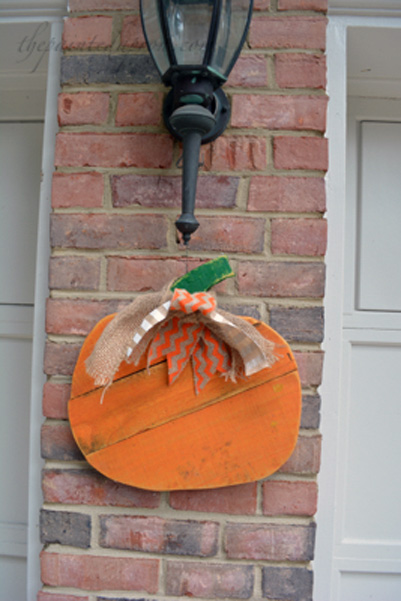 wood pumpkin thepaintedapron.com
