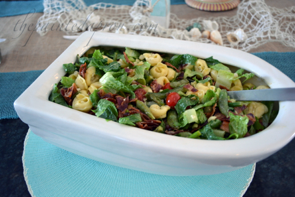 BLT Tortellini salad thepaintedapron.com