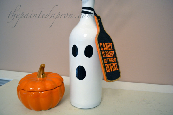 bottle ghost with tag thepaintedapron.com