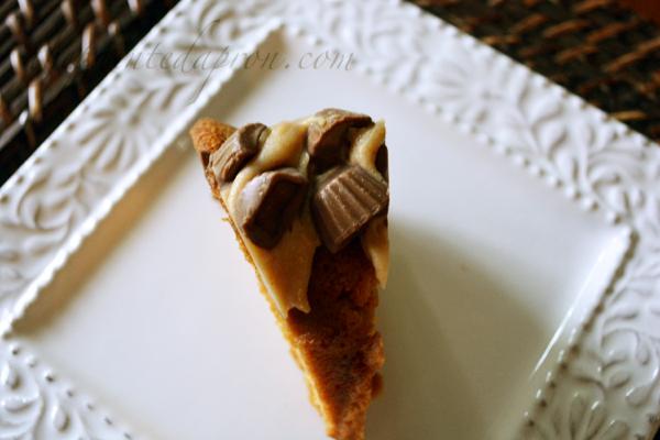 candy caramel cake theapintedapron.com