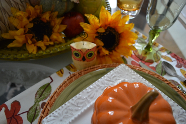 fall tablescape thepaintedapron.com