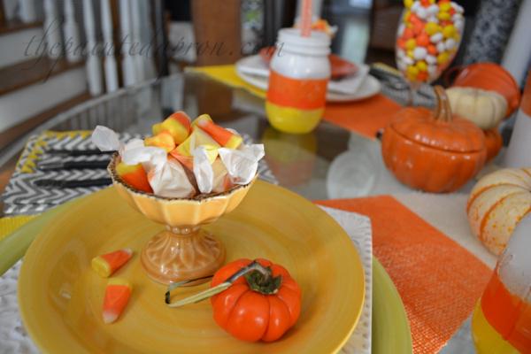 candy bowl thepaintedapron.com