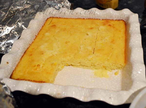 sour cream cornbread bake