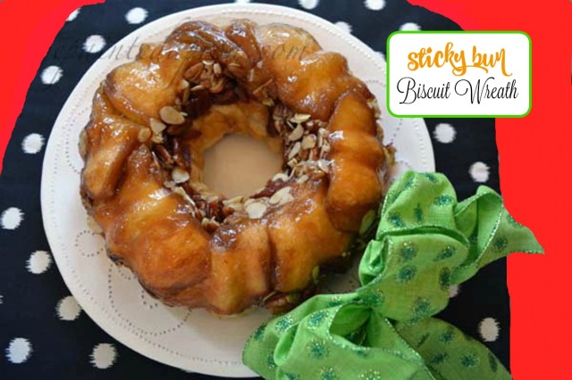 Sticky Bun Biscuit Wreath 4