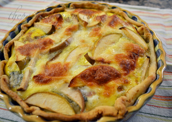 apple, pear and ham quiche