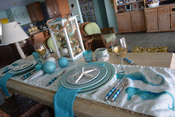 aqua and gold sea table