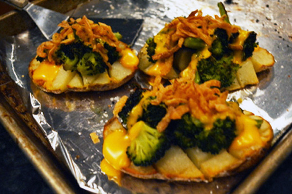 broccoli stuffed potatoes