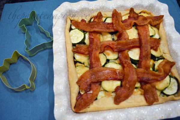 zucchini & pimento cheese pie