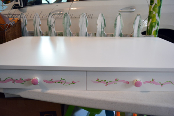 painted rose play table