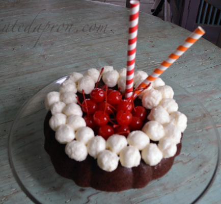 rootbeer soda cake