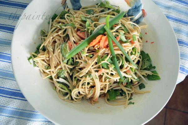 Oriental pasta salad