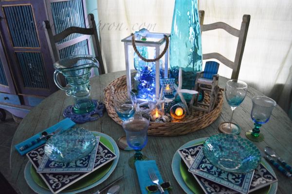 sparkling beach table