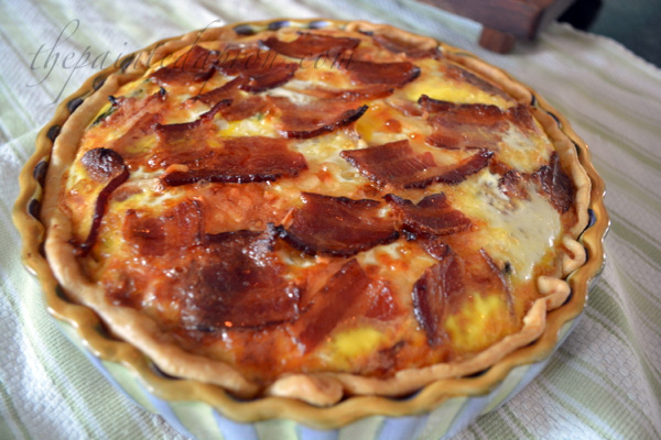 bacon topped ham and asparagus quiche