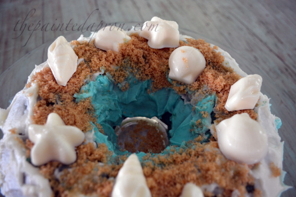 sandy beach cake top