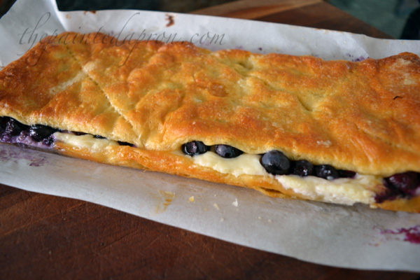 blueberry-cheesecake-danish
