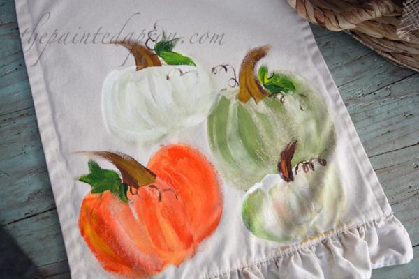 pumpkin-table-runner