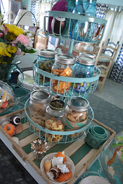 tiered-snack-tray-thepaintedapron-com