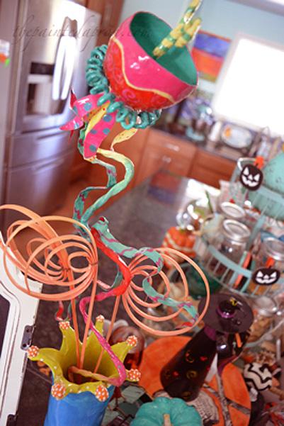 festive-flower-vase