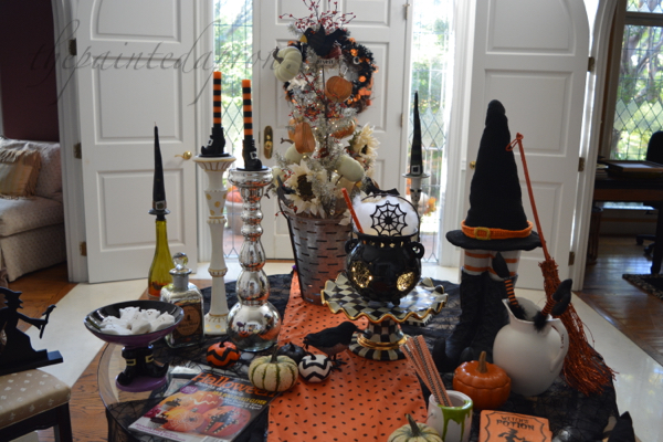 halloween-foyer