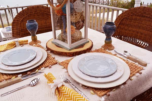 autumn-beach-table