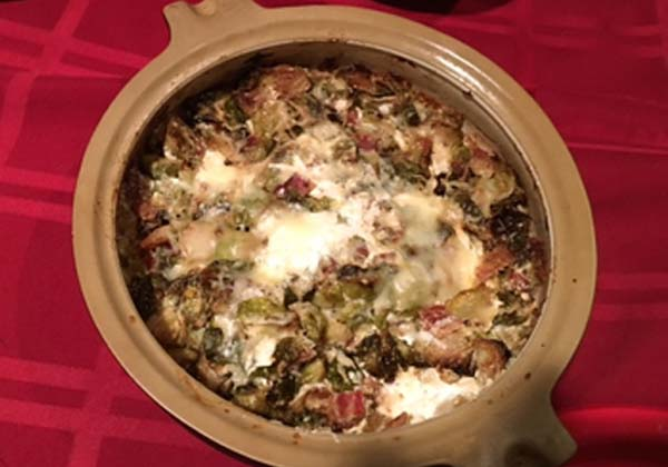 brussels-sprouts-bleu-cheese-and-bacon-dip