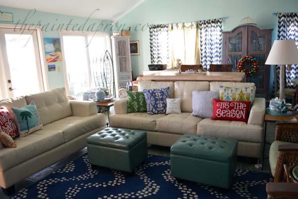 coastal-christmas-great-room
