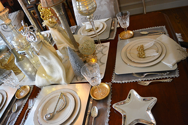 holiday-angel-table