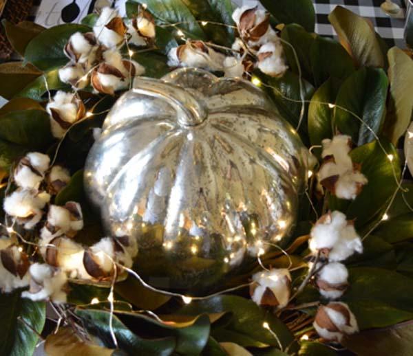 silver-pumpkin-with-magnolia-cotton