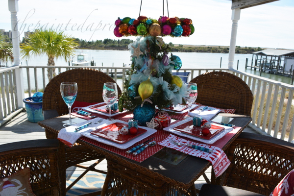 tropical-christmas-table