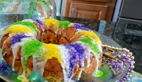 easy-mardi-gras-cake