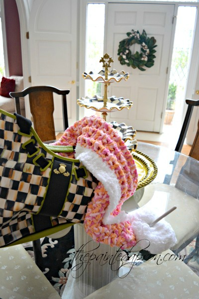 foyer-with-tote-blanket